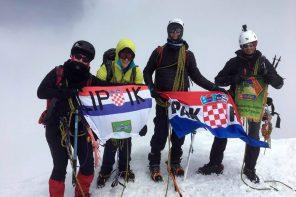 Visokogorci  popeli se na 4226 metara visok vrh Castor